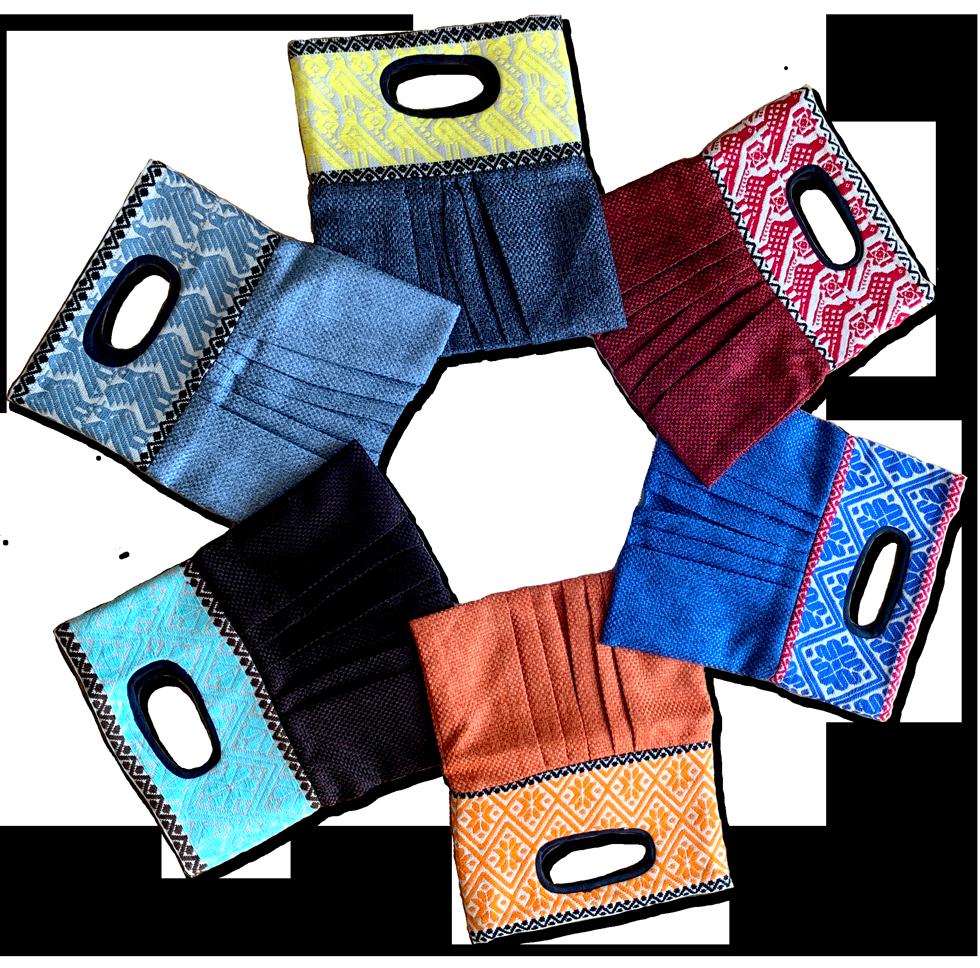 オトミ族によるハンドメイド刺繍バッグ